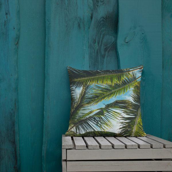 Sierkussen met palmbomen